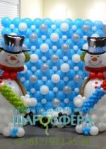 большие снеговики из шаров